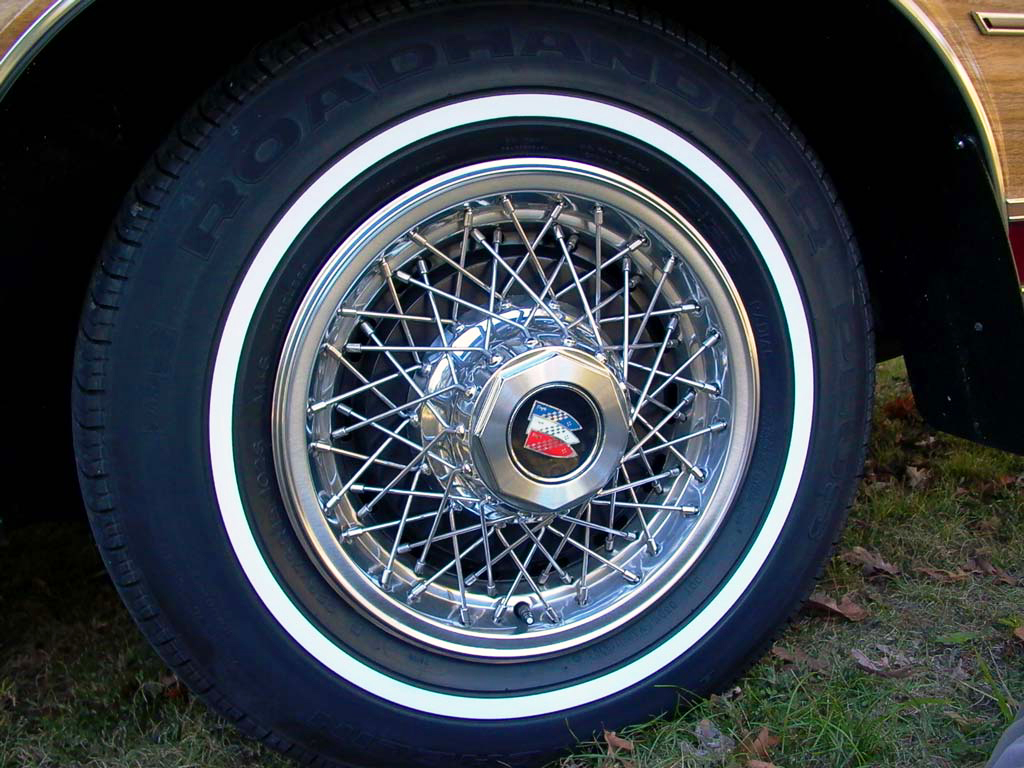 buick, 15-inch, wire wheel cover, 1978