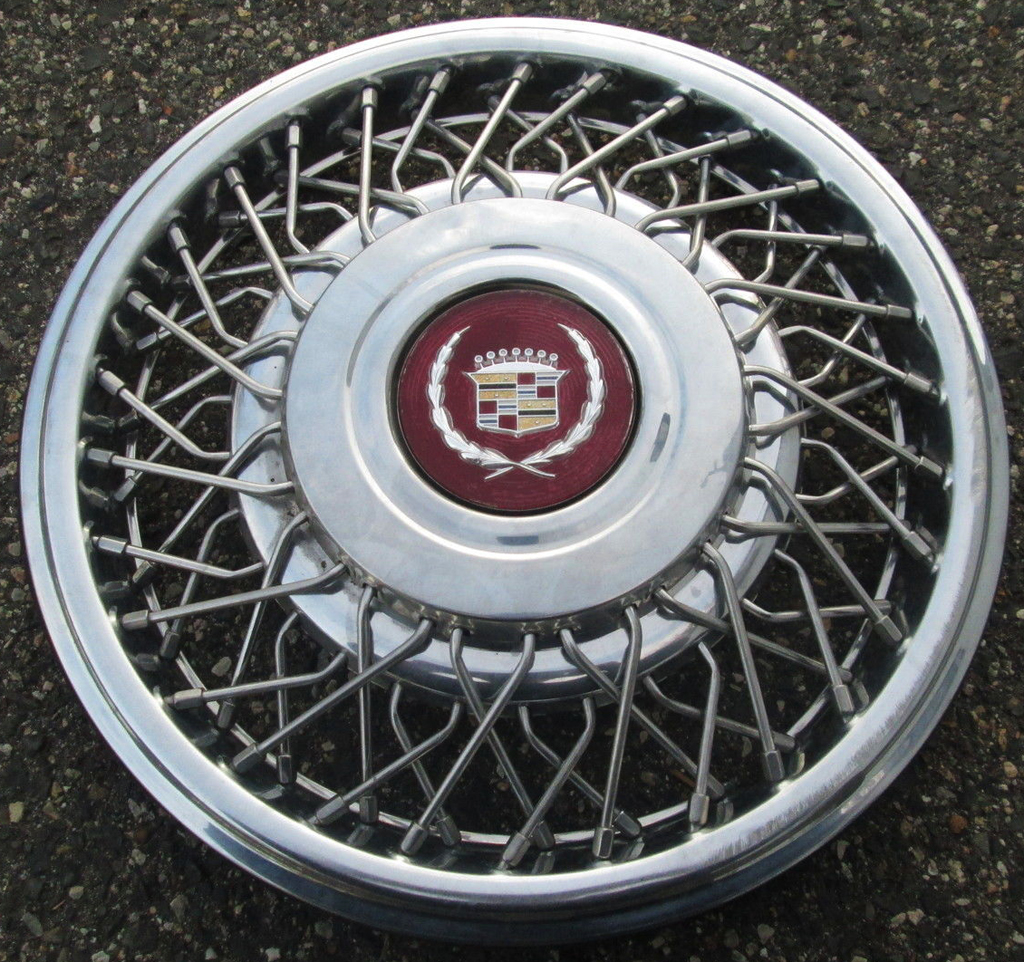Cadillac, wire wheel cover,