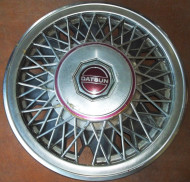 Maxima, Nissan, Datsun, wire wheel cover