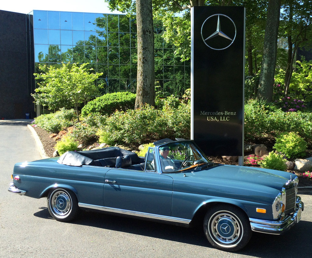 1971 mercedes 280se convertible at the 2014 june jamboree for Mercedes benz montvale nj