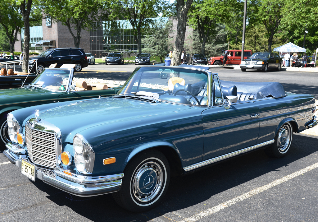 1971 mercedes 280se convertible at the 2014 june jamboree in montvale nj classic cars today. Black Bedroom Furniture Sets. Home Design Ideas