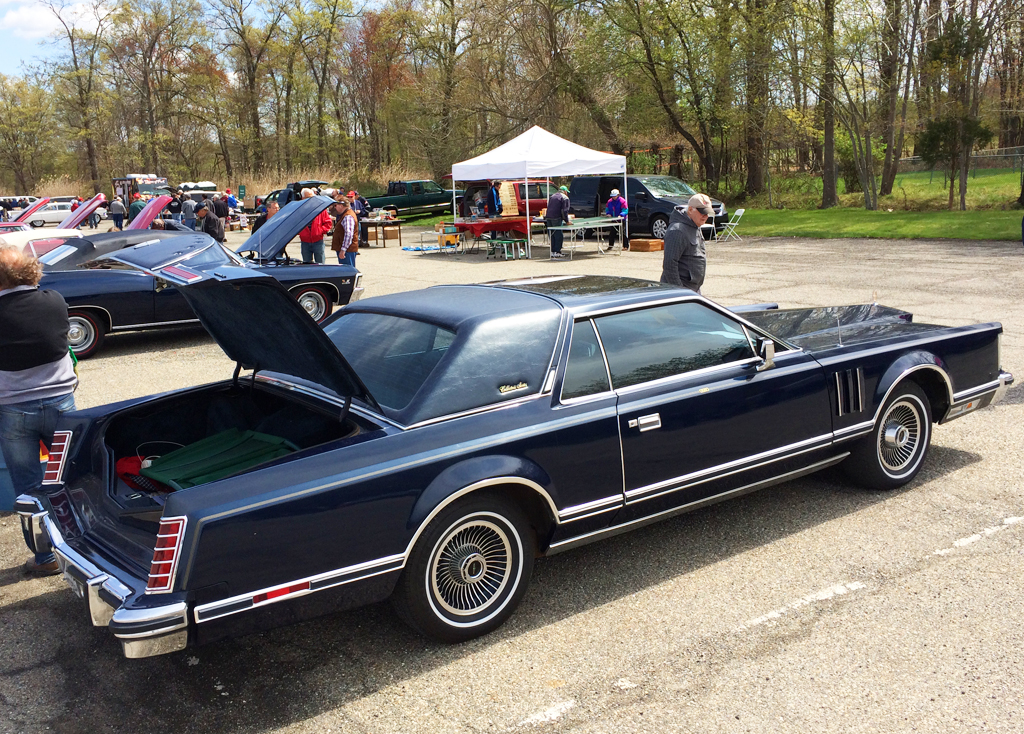 Lincoln Mark V At The AACA Car Show In Florham Park - Aaca car show