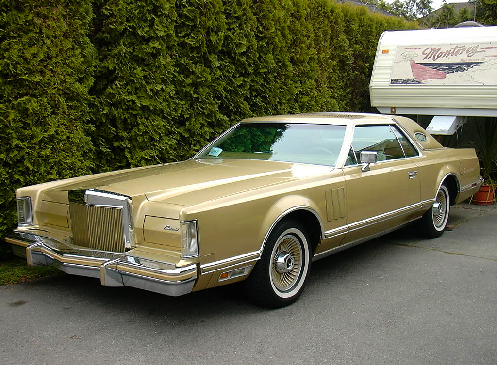 1978 Lincoln Mark V DJ gold a a look back at a true american classic the 1977 79 lincoln 1998 Lincoln Navigator Wiring-Diagram at nearapp.co