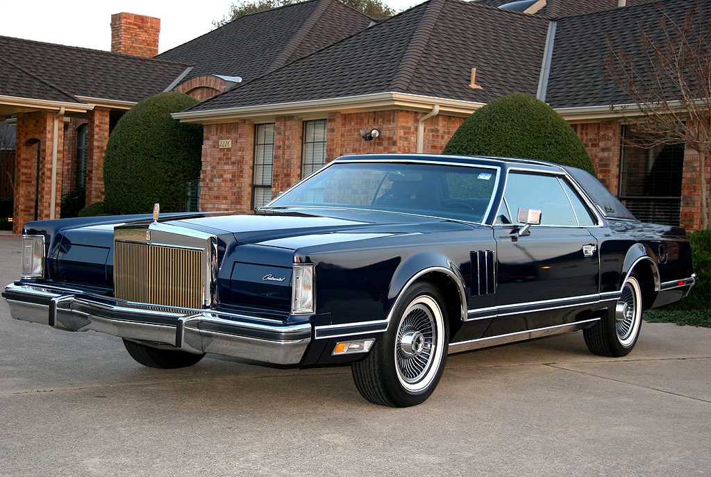 1979 Lincoln Mark V Collectors Series in midnight blue | CLASSIC ...