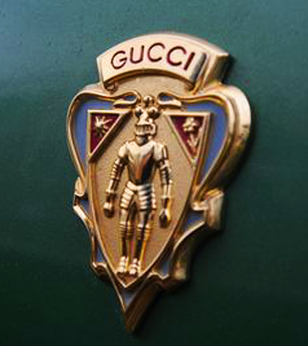 All AMC Hornet Sportabout Gucci wagons featured these crests on both front door panels. 1972 models featured them on the interior door trim as well.  (Photo credit: R. Truesdale)
