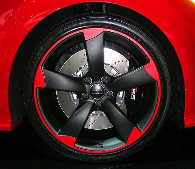 Audi TT RS color matched wheel