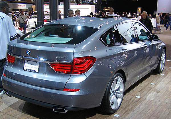 A rear three-quarters view of the BMW 5-series Gran Turismo hatchback.  (Photo credit: Sean Connor)