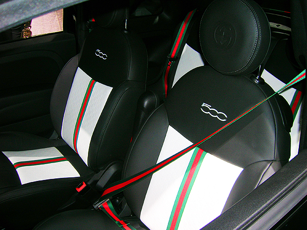 fiat 500 gucci edition at 2012 new york auto show classic cars today online. Black Bedroom Furniture Sets. Home Design Ideas