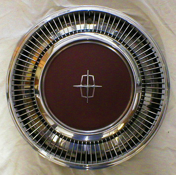 Lincoln color matched wheel cover