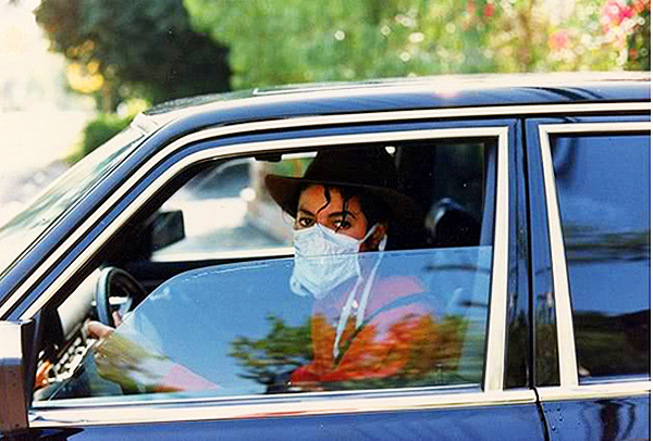"The ""King of Pop"" enjoying his 1985 Mercedes 500SEL.  (Photo credit: Hollywood Star Cars Museum)"