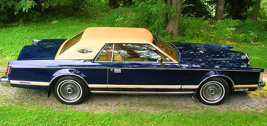 1977 Lincoln Mark V, full vinyl roof