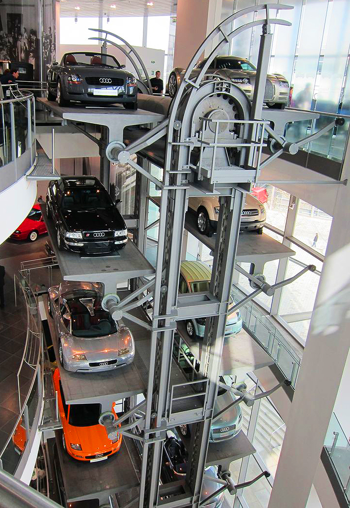 Vertical Rotating Display Lift At Audi Ingolstadt Museum