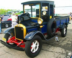 1928 White delivery truck.  (Owned by Bob Greudenberg)