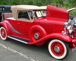 1933 Huppmobile roadster.  (Owned by Frank Galante)