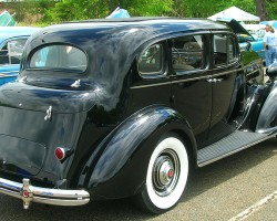 1936 Packard sedan.  (Owned by Walter Lacz)