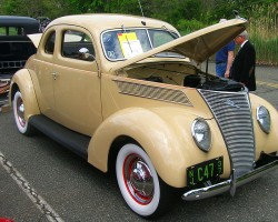 1937 Ford coupe.  (Owned by Jim Liabraaten)