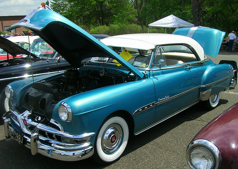 1951 Pontiac Chieftan hardtop coupe.  (Photo credit: Alvin Tortoriello)