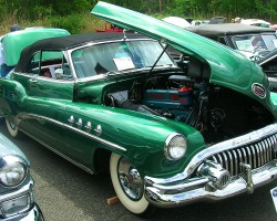 1952 Buick Roadmaster convertible.  (Owned by George Roeck)