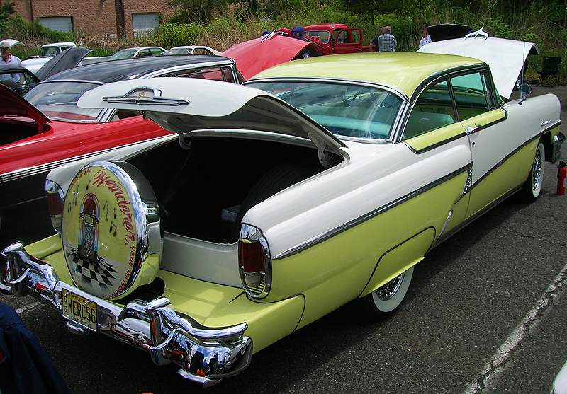 1956 Mercury Montclair hardtop coupe.  (Owned by Peter Lepore)