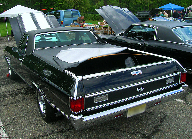 1970 Chevrolet El Camino SS equipped with vinyl roof.  (Owned by Robert Kapral)