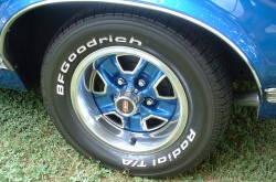 1969 Oldsmobile wheel