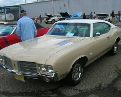 1971 Oldsmobile Cutlass Supreme coupe.  (Owned by Joseph Durna)