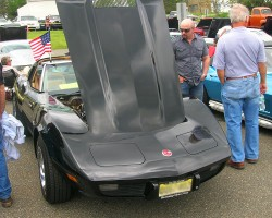 1975 Chevrolet Corvette T-top coupe.  (owned by Art Briggs)