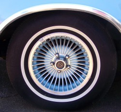 1978 ford thunderbird wheel