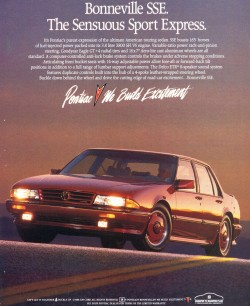 Pontiac Bonneville SSEs looked identical from 1988 through 1991.  Here, a 1988 SSE is shown in a factory advertisement.