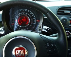 Fiat 500 center gauge view.