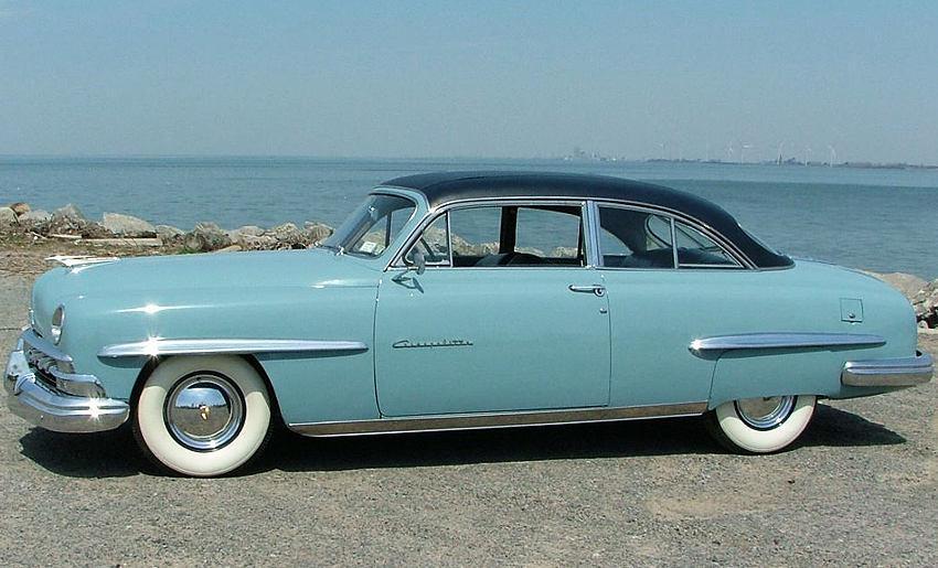 A 1950 Lincoln Cosmopolitan coupe shown with optional vinyl roof covering.  (Photo credit: Z. Quigley)