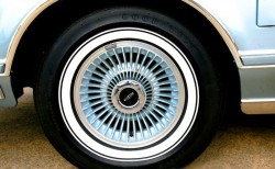1978 Lincoln Mark V wheel