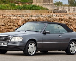 1995 Euro model E220 Cabriolet, top up view.  (Photo credit: Mercedes-Benz Classic)