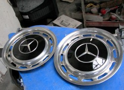Mercedes painted wheel cover