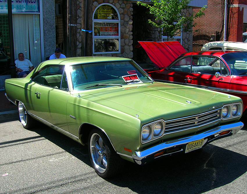 A 1969 Plymouth Satellite hardtop coupe, front view.  (Photo credit: Sean Connor)