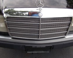 The 300CE of 1993 was the last year for traditional Mercedes grilles (with attached hood ornament) that bolted on to the end of the hood.  (Photo credit: W. Palamara)