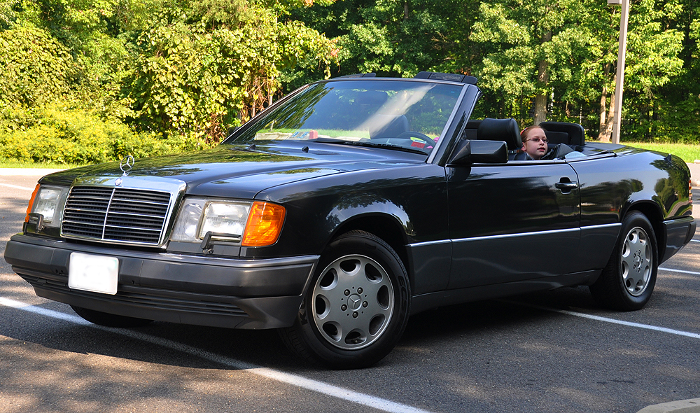 A front 3/4s view of a U.S. market 1993 300CE Cabriolet.  (Photo credit: totallythatstupid.com)