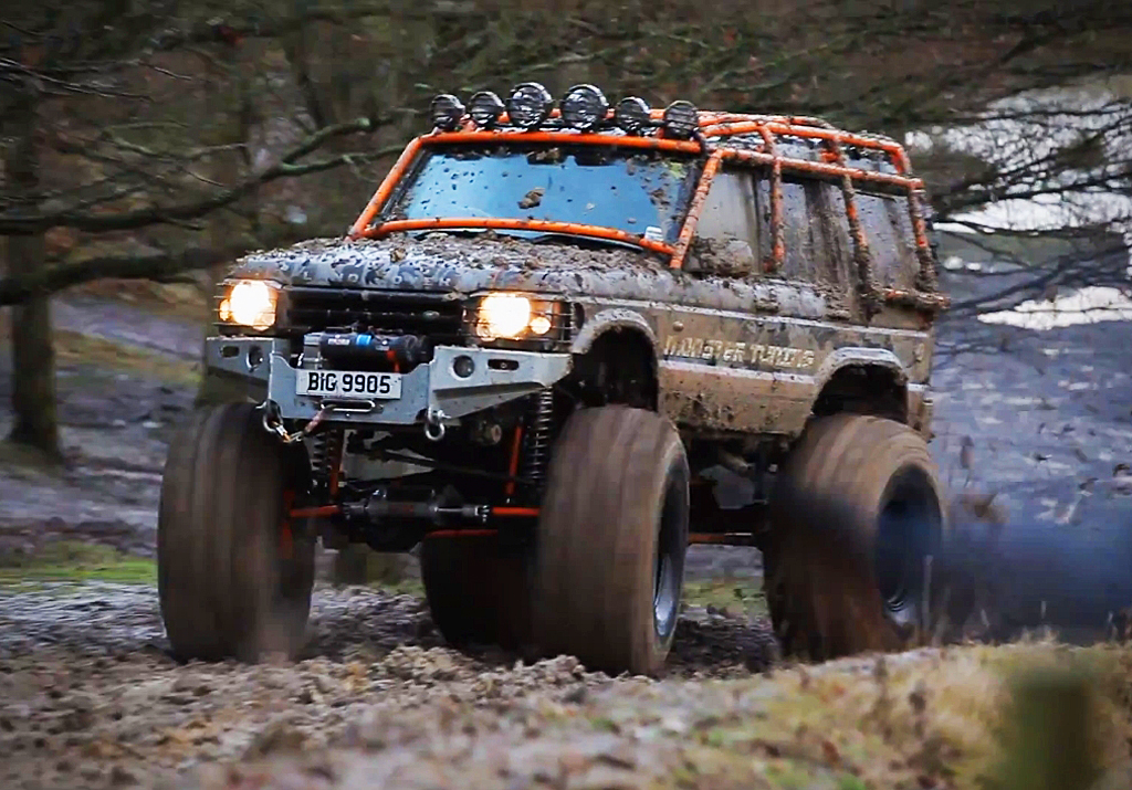 2003 Land Rover Discovery monster truck