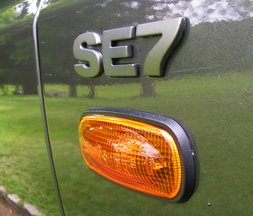 "A 2004 SE7 front fender badge.  Note: 2003 - 2004 base ""S"" and ""S7"" models did not feature any model badging.  (Photo credit: Sean Connor)"