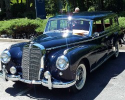Pictures From Mercedes Benz June Jamboree Car Show