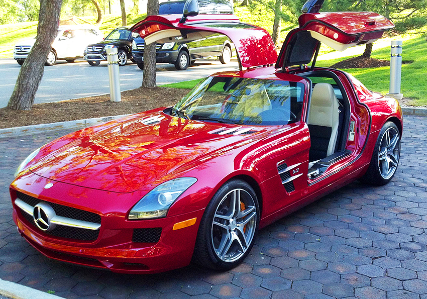2012 Mercedes SLS Gullwing coupe owned by Mercedes-Benz USA.  (Photo credit: Sean Connor)