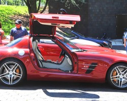 2012 Mercedes SLS Gullwing coupe.  (Photo credit: Carl Schwartz)