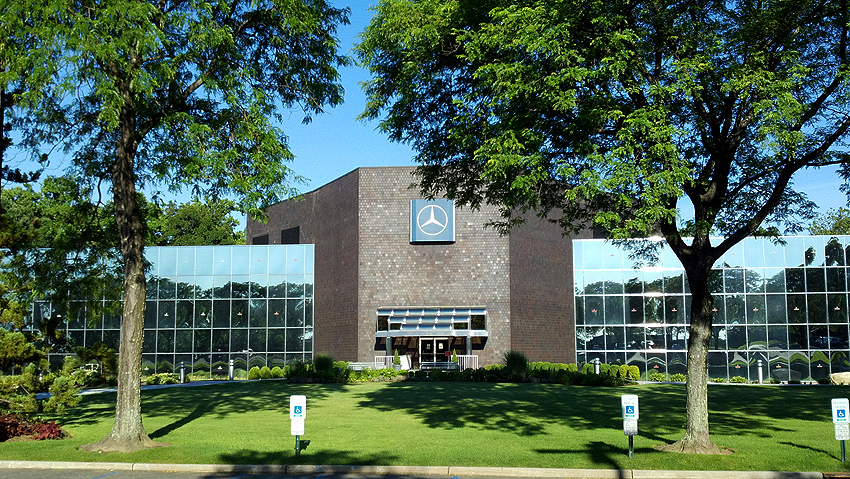Mercedes u s corporate headquarters in montvale nj for Mercedes benz montvale nj