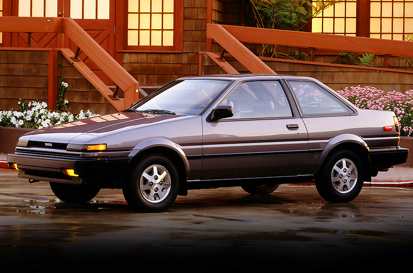 Optional 14-inch aluminum wheels were redesigned as shown here for 1986-87.  1986 SR5 coupe shown.  (Photo credit: Toyota Motor of North America, Inc.)