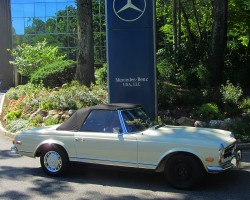 1970 Mercedes 280SL owned by Terry Spaeth.