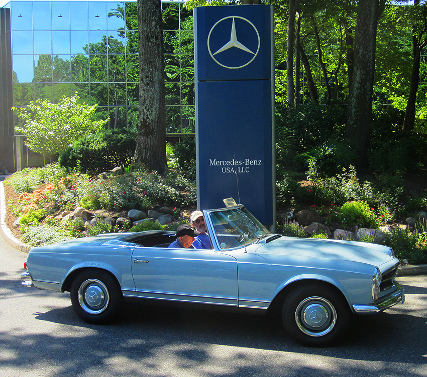 1967 Mercedes 230SL owned by Victor Gates.