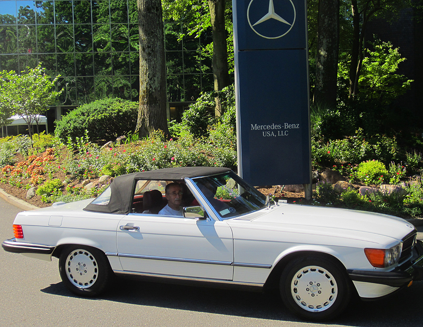 1989 Mercedes 560SL owned by Sylvia Sama-Piliero.