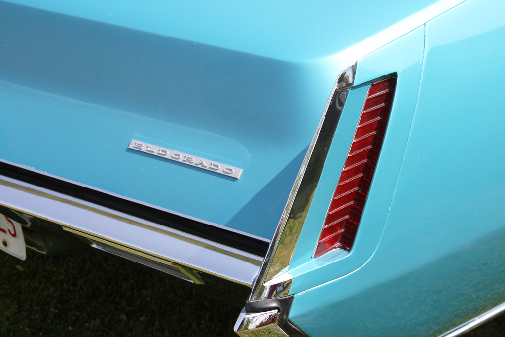1967 was the only year for Eldorados that a body color section existed within the tail lamp assembly.