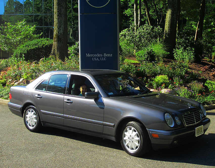 1998 Mercedes E300 TurboDiesel owned by Arpi Keretz.