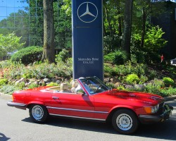 1982 Mercedes 380SL owned by Tom Kressly.